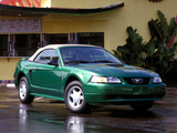 Mustang GT Convertible 1999–2004 photos
