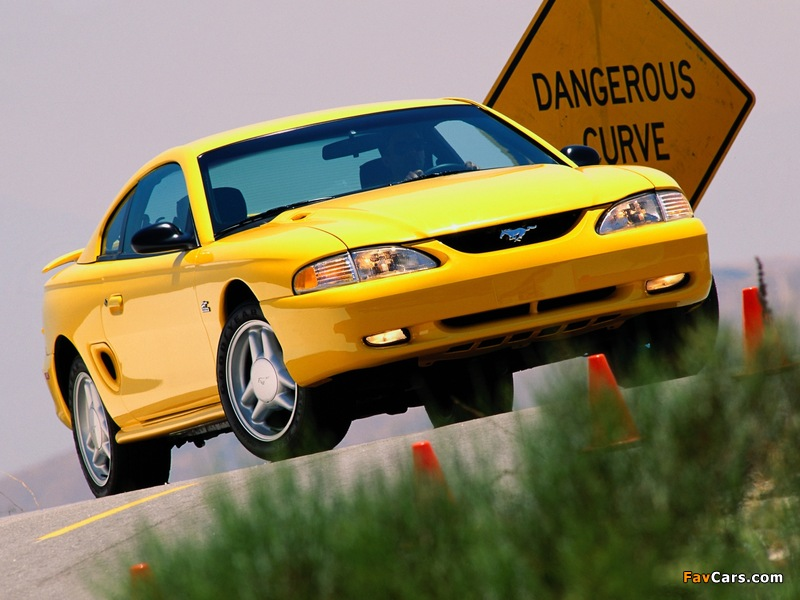 Pictures of Mustang GT Coupe 1993–96 (800 x 600)