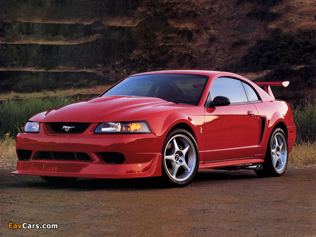 Pictures of Mustang SVT Cobra R 2000–04 (640 x 480)