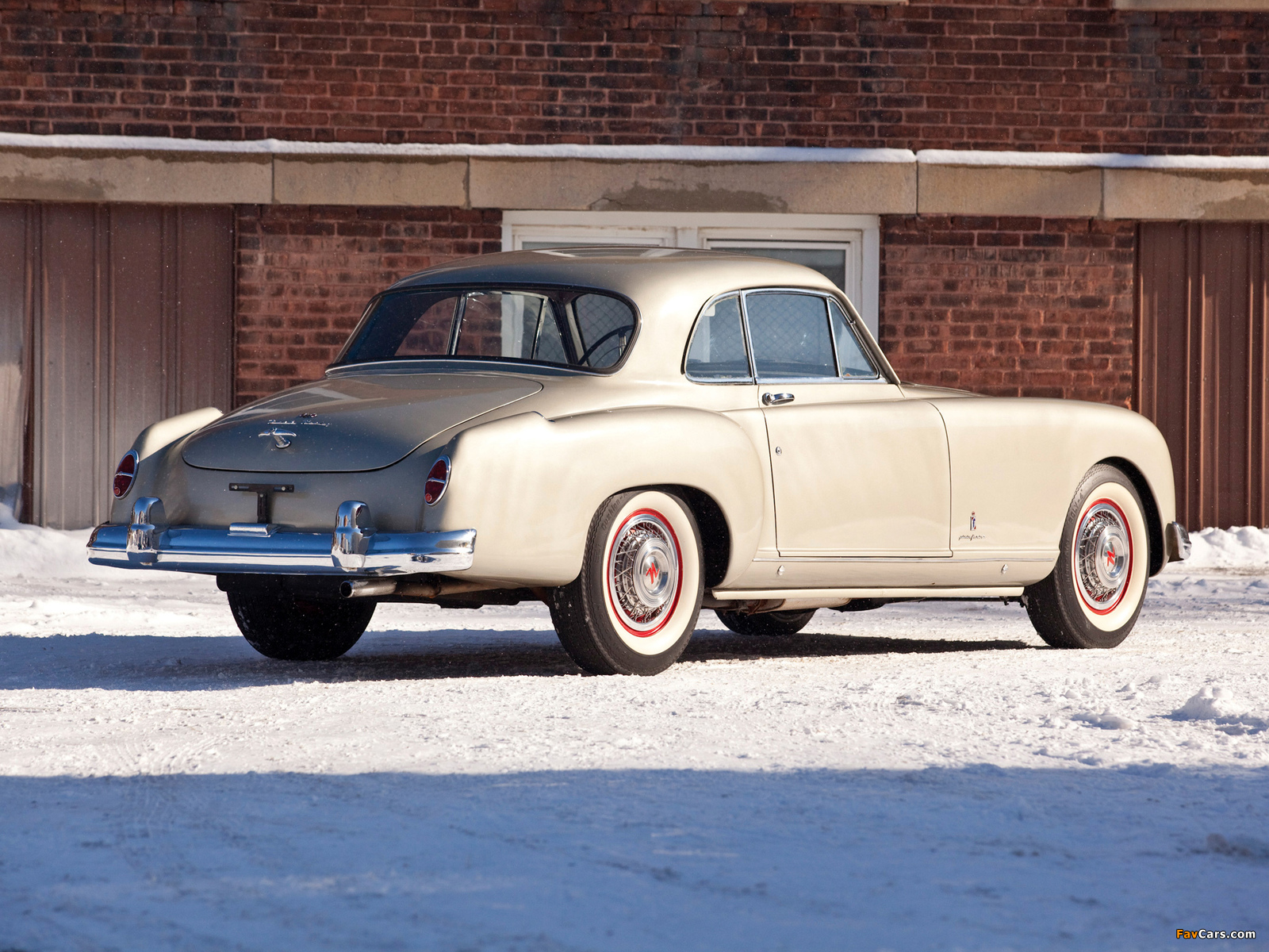 Photos of Nash-Healey Le Mans Coupe 1953–54 (1600 x 1200)