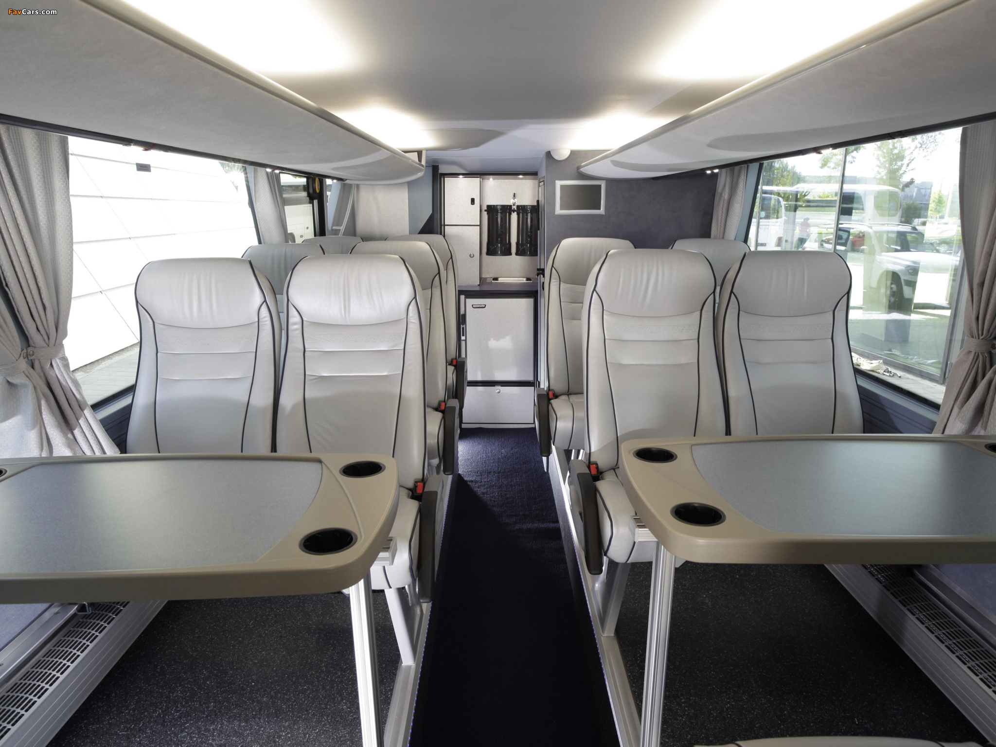 Neoplan Skyliner 2010 photos (2048 x 1536)