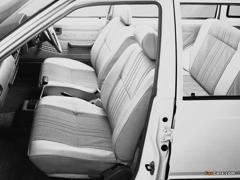 Photos of Nissan Sunny AD Van (VB11) 1985–90 (800 x 600)