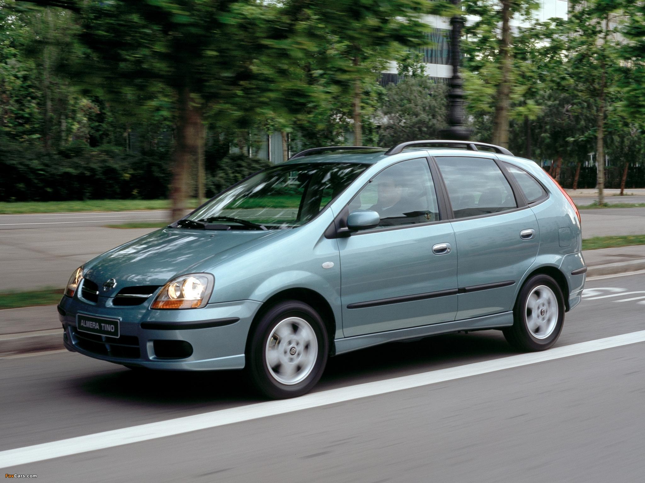 Nissan Almera Tino V10 2000 06 Photos 2048x1536