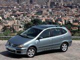 Nissan Almera Tino (V10) 2000–06 pictures