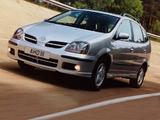 Nissan Almera Tino UK-spec (V10) 2000–06 pictures