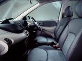 Nissan Almera Tino UK-spec (V10) 2000–06 wallpapers
