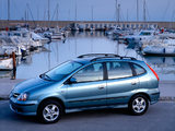 Photos of Nissan Almera Tino (V10) 2000–06