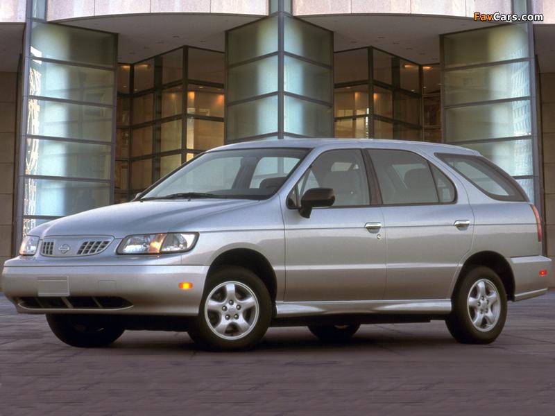 Images of Nissan Altra EV 1998–2002 (800 x 600)