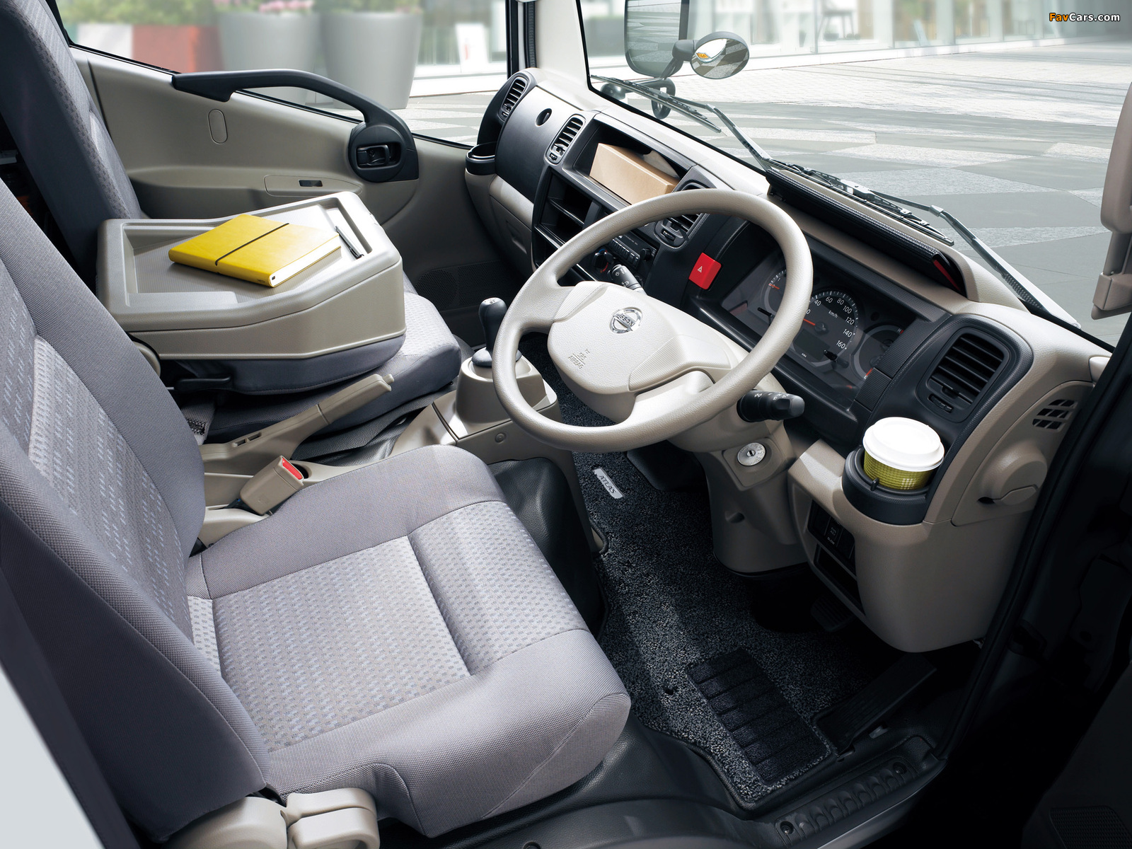Pictures of Nissan Atlas (F24) 2007 (1600 x 1200)