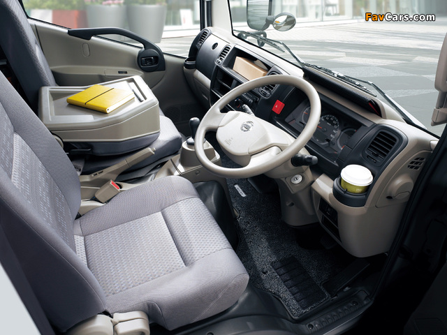 Pictures of Nissan Atlas (F24) 2007 (640 x 480)