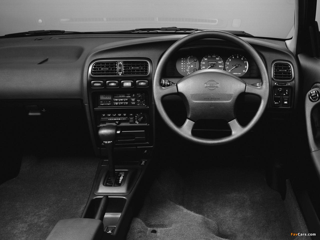Images of Nissan Avenir Salut 2.0 X GT Turbo (E-PNW10) 1995–96 (1280 x 960)