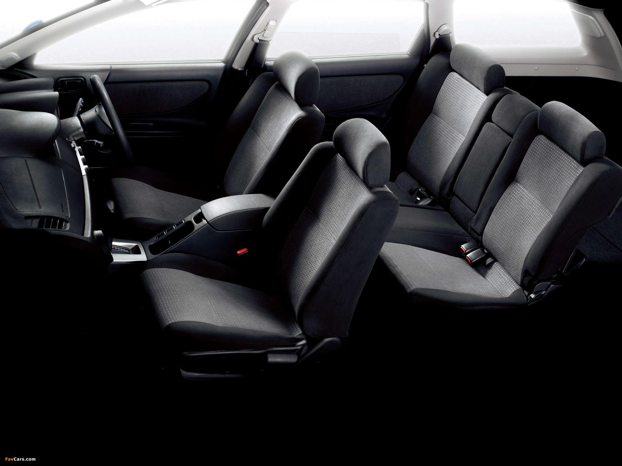 Nissan Avenir (W11) 1998–2005 pictures (2048 x 1536)
