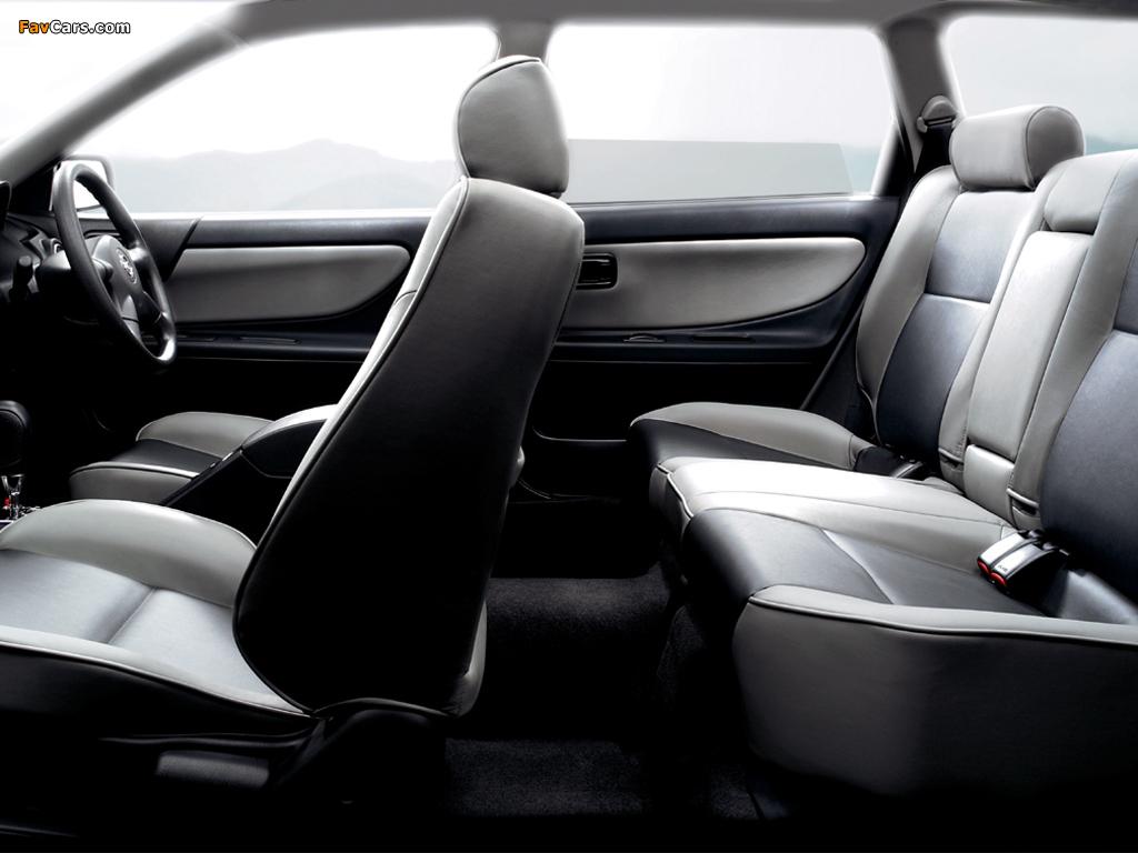 Nissan Avenir (W11) 1998–2005 pictures (1024 x 768)