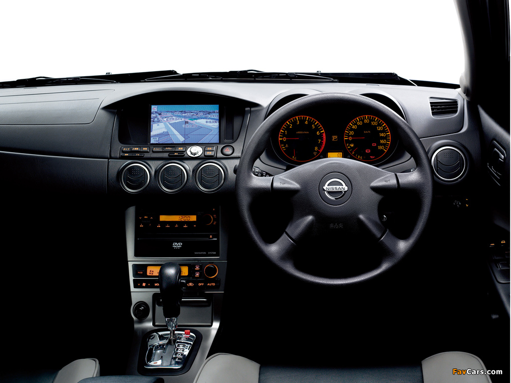 Nissan Avenir (W11) 1998–2005 wallpapers (1024 x 768)