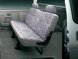Pictures of Nissan Caravan (E25) 2001–05