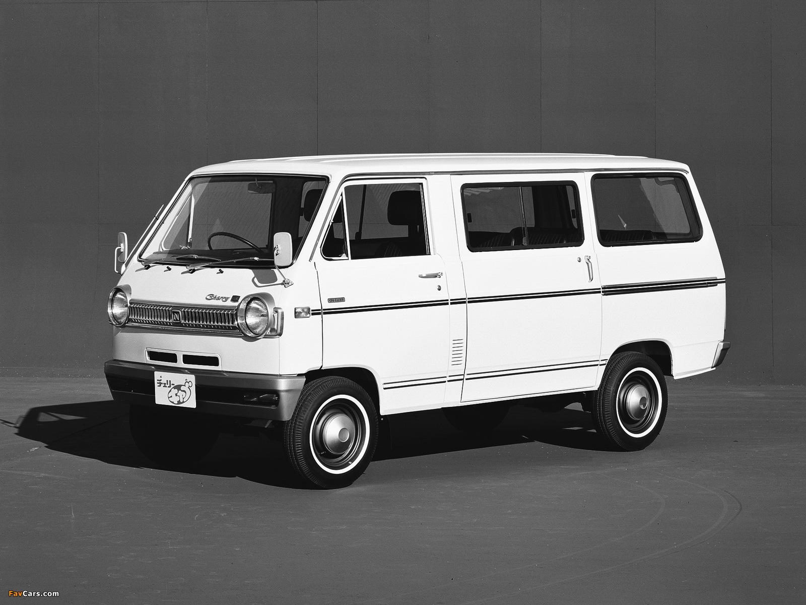 Images of Nissan Cherry Cab Coach (C20) 1970–78 (1600 x 1200)