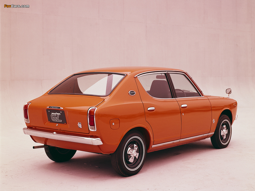 Datsun Cherry 4-door Sedan (E10) 1970–74 pictures (1024 x 768)