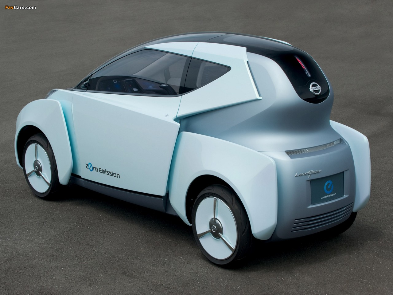 Nissan Land Glider Concept 2009 pictures (1280 x 960)