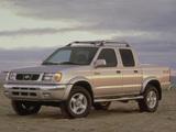 Nissan Frontier Crew Cab (D22) 2000–01 pictures