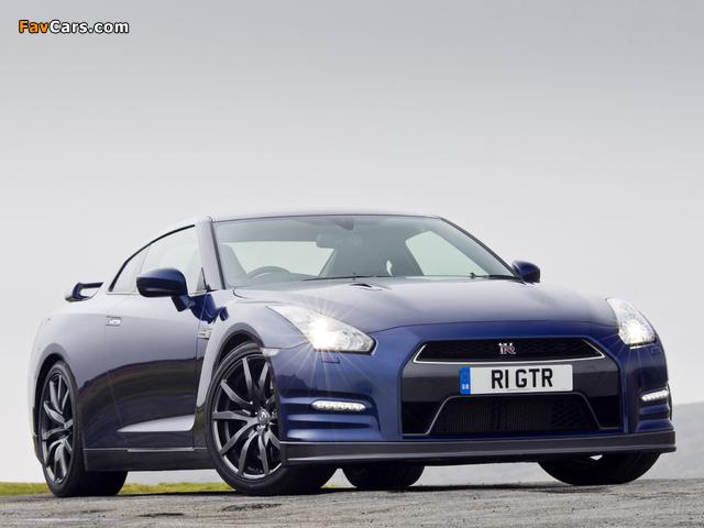 Images of Nissan GT-R Black Edition UK-spec (R35) 2010 (640 x 480)