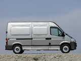 Nissan Interstar High Roof Van 2003–10 images