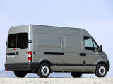 Nissan Interstar High Roof Van 2003–10 wallpapers