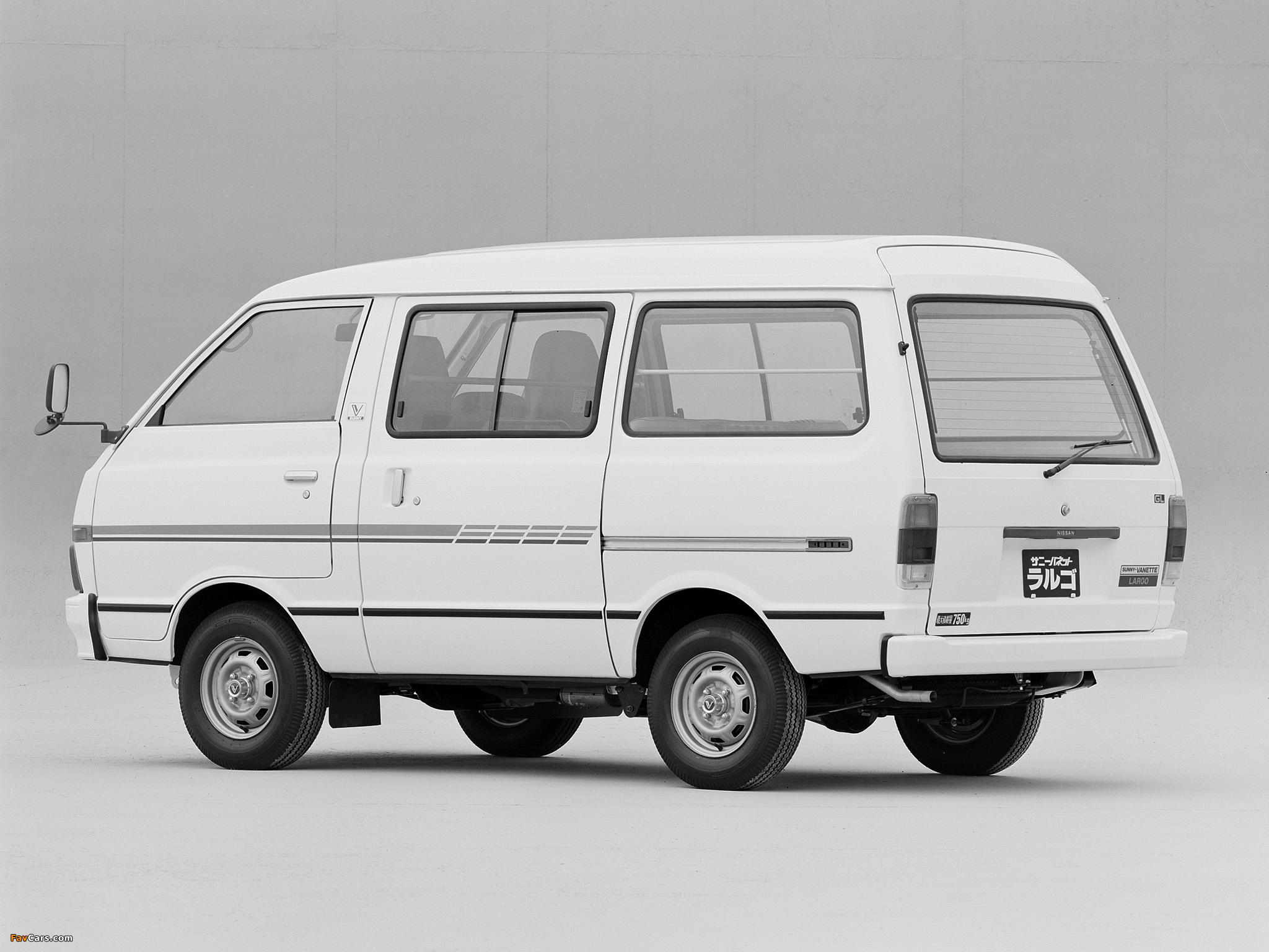 Nissan Sunny Vanette Largo (GC120) 1982–86 wallpapers (2048 x 1536)