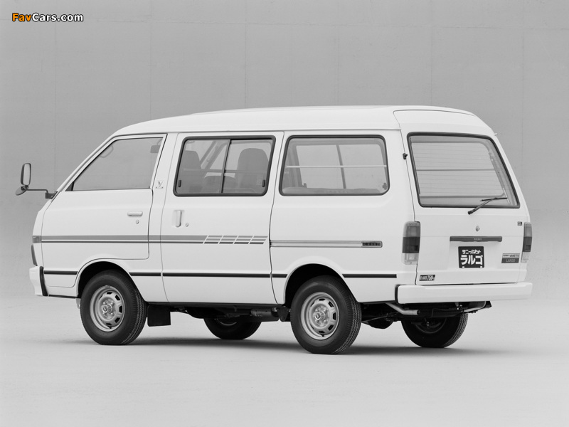 Nissan Sunny Vanette Largo (GC120) 1982–86 wallpapers (800 x 600)