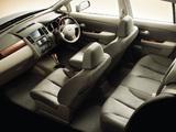 Images of Nissan Tiida Latio JP-spec (SC11) 2004–08