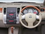 Images of Nissan Tiida Latio JP-spec (SC11) 2008–12