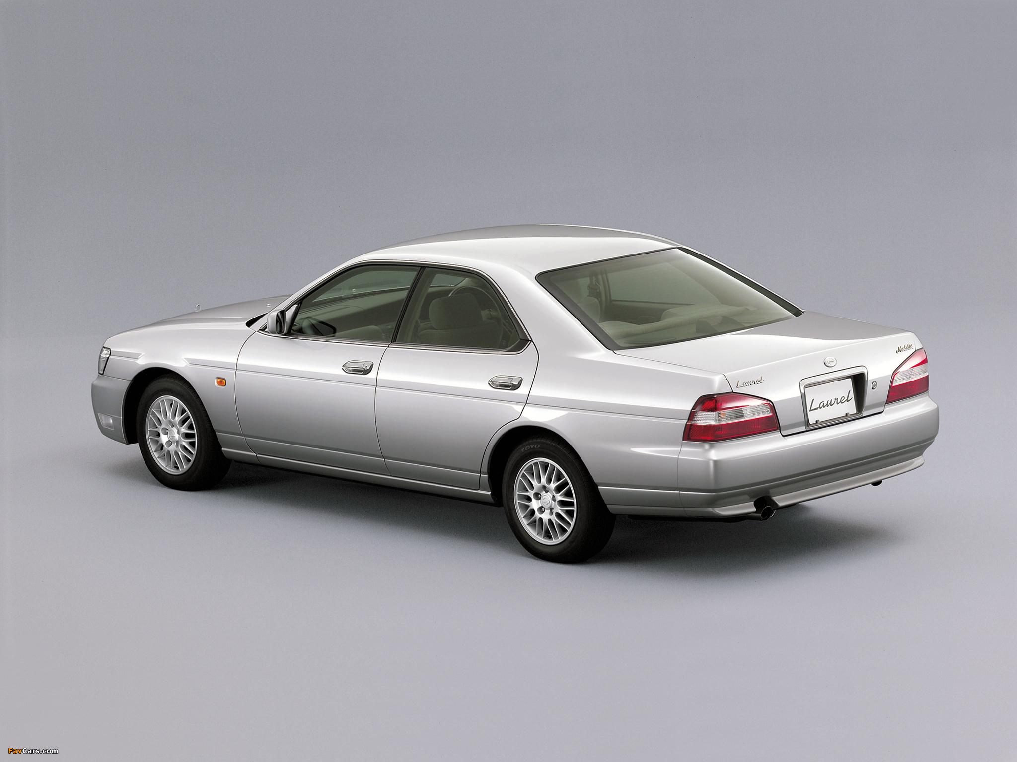 Nissan Laurel (C35) 1999–2002 pictures (2048 x 1536)
