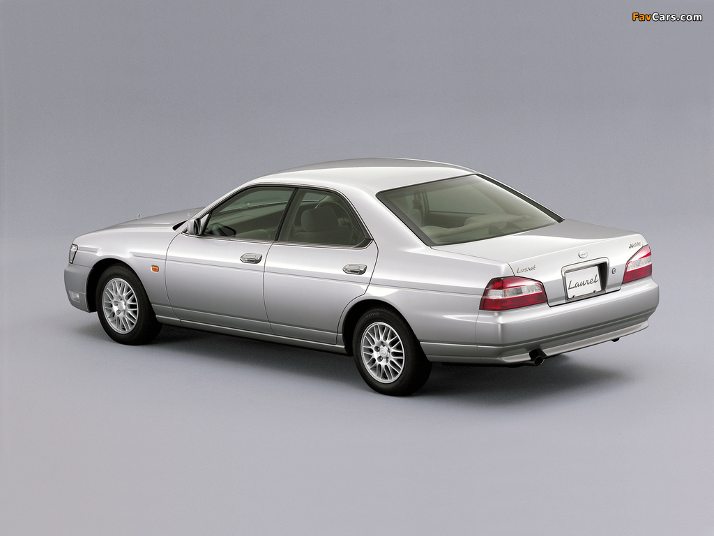 Nissan Laurel (C35) 1999–2002 pictures (1024 x 768)