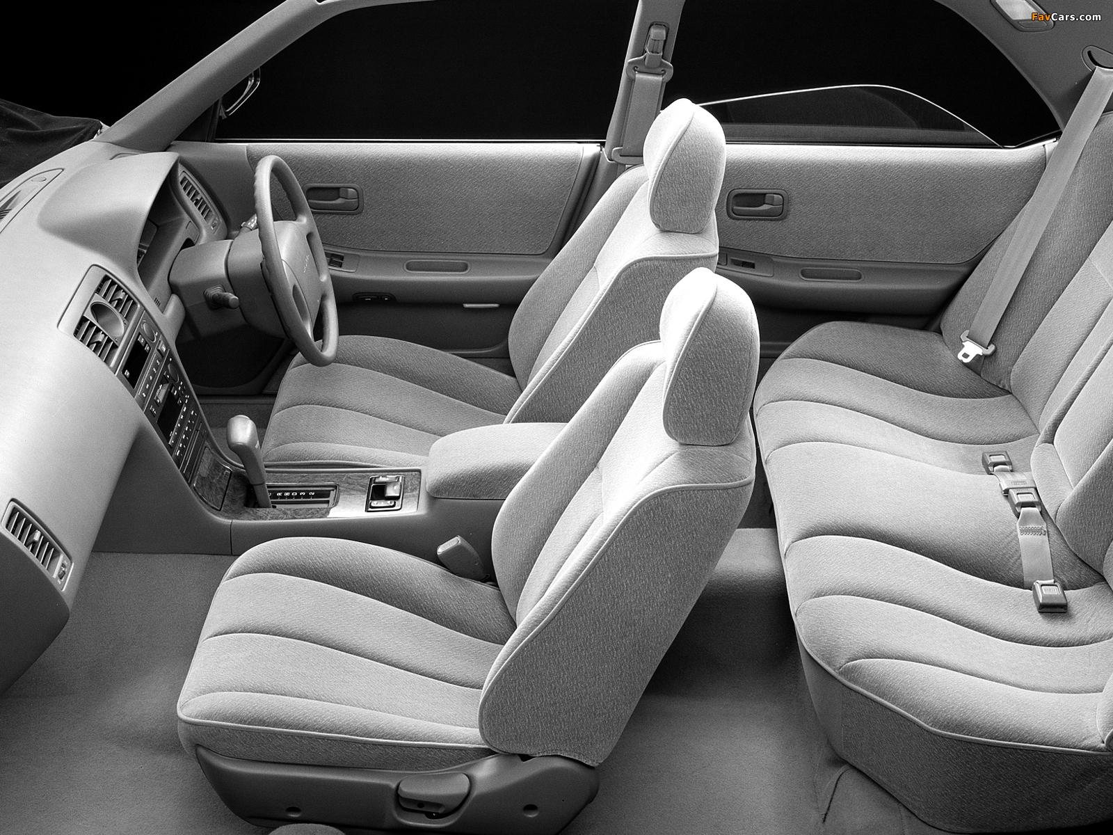 Photos of Nissan Laurel (C34) 1993–94 (1600 x 1200)