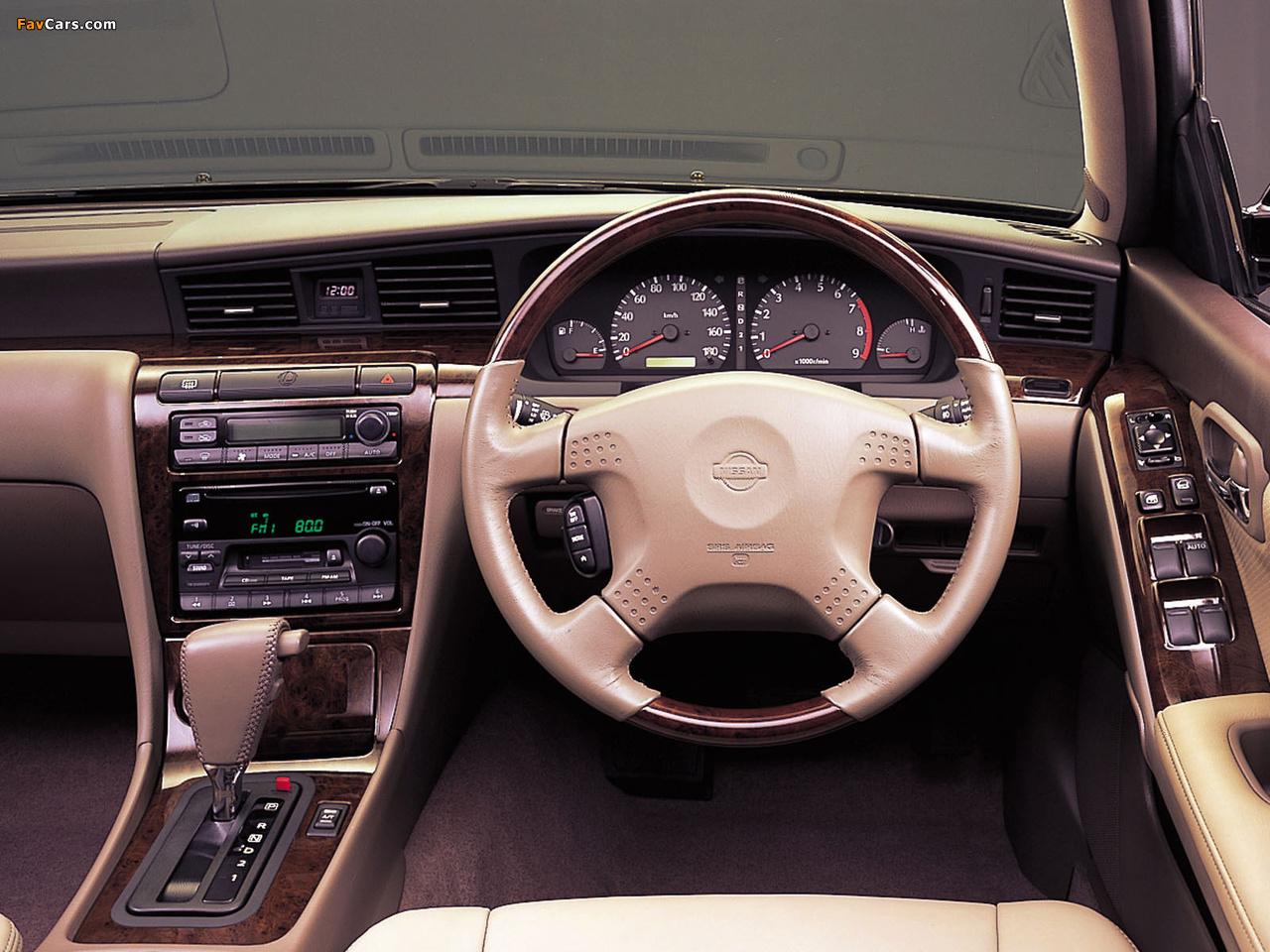 Photos of Nissan Laurel (C35) 1999–2002 (1280 x 960)
