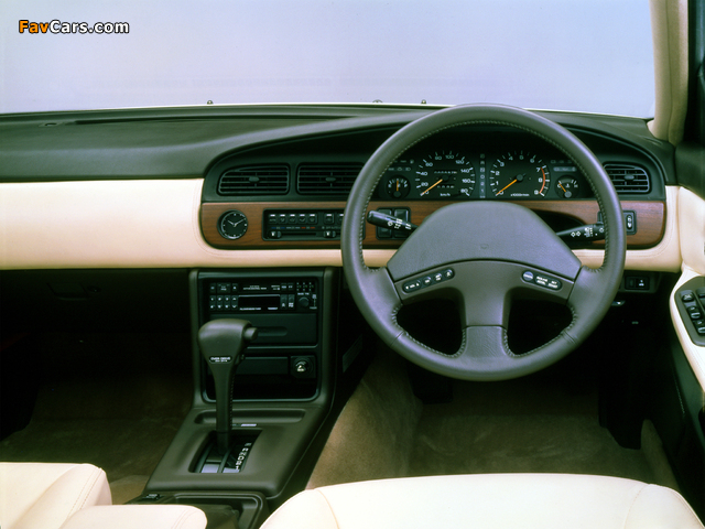Pictures of Nissan Laurel (C33) 1989–93 (640 x 480)