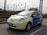 Nissan Leaf Taxi 2013 pictures