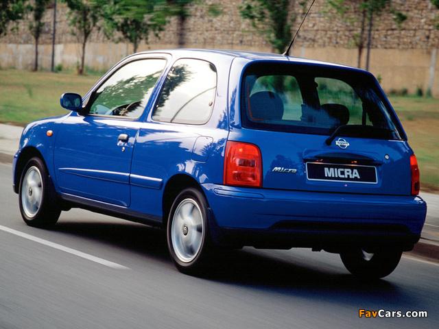 Photos of Nissan Micra 3-door (K11C) 1999–2003 (640 x 480)