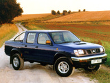 Nissan Pickup Navara Crew Cab UK-spec (D22) 1997–2001 pictures