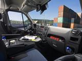 Pictures of Nissan NV400 Passenger Van 2011