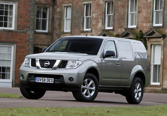 Photos of Nissan Pathfinder Van UK-spec (R51) 2004–10