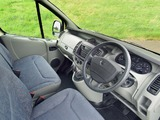 Images of Nissan Primastar Van UK-spec 2002–06