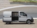 Nissan Primastar Van 2002–06 pictures
