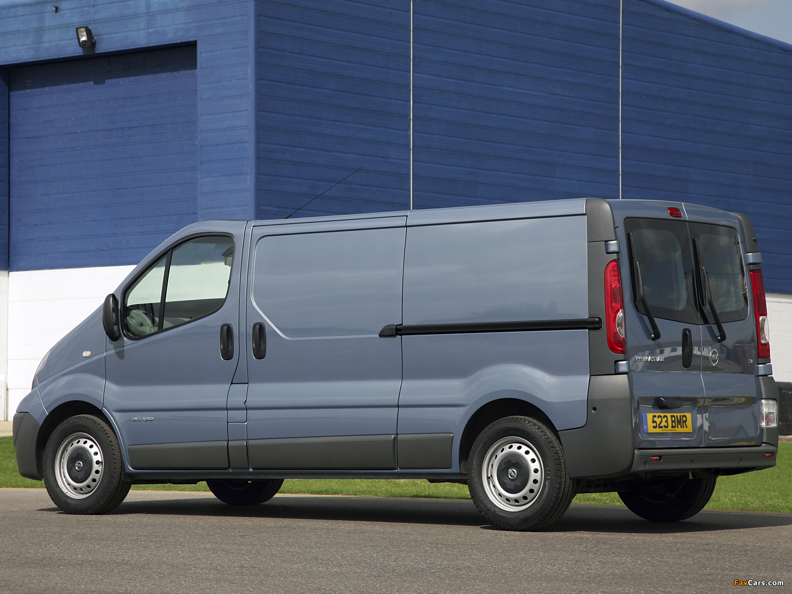 Nissan Primastar LWB Van UK-spec 2006 photos (1600 x 1200)