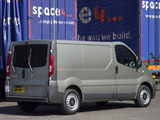 Photos of Nissan Primastar Van UK-spec 2006
