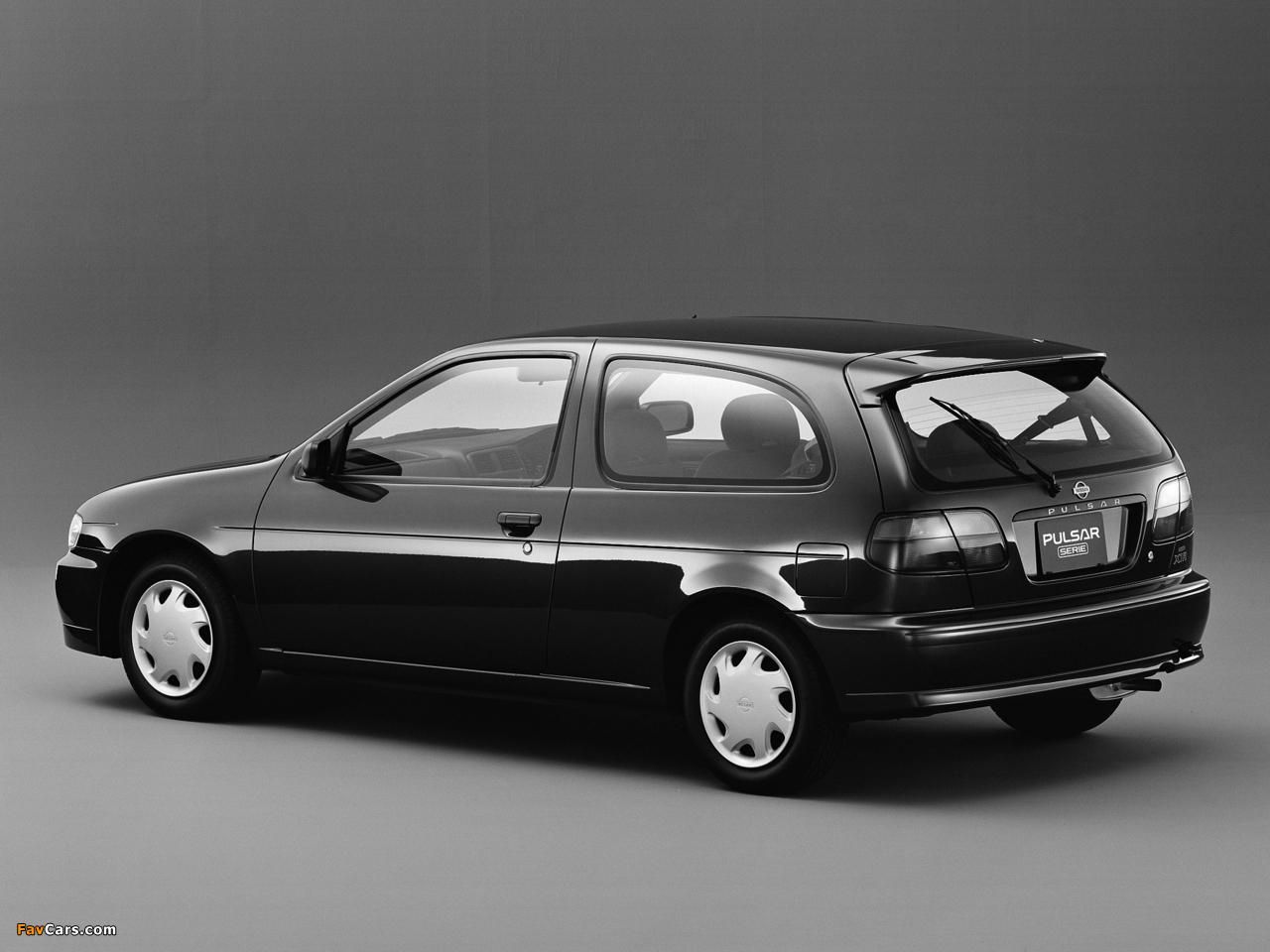 Photos of Nissan Pulsar Serie (N15) 1995–97 (1280 x 960)