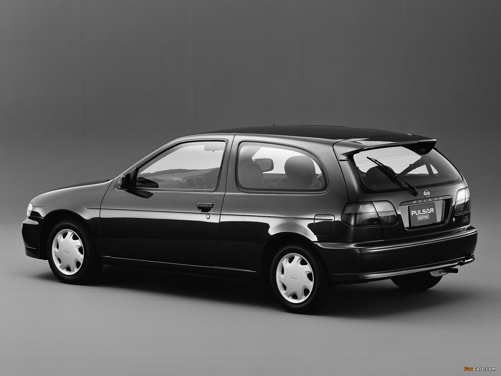 Photos of Nissan Pulsar Serie (N15) 1995–97 (1600 x 1200)