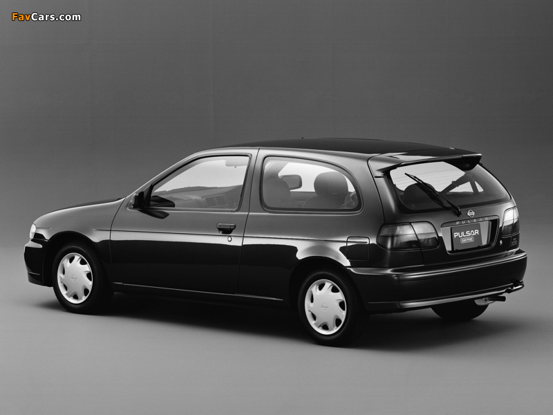 Photos of Nissan Pulsar Serie (N15) 1995–97 (800 x 600)