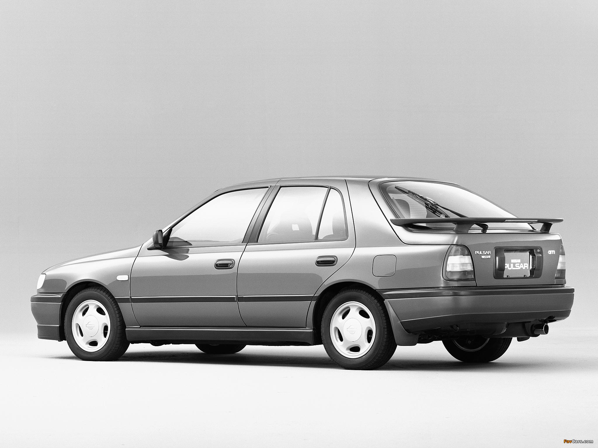 Pictures of Nissan Pulsar 5-door (N14) 1990–95 (2048 x 1536)