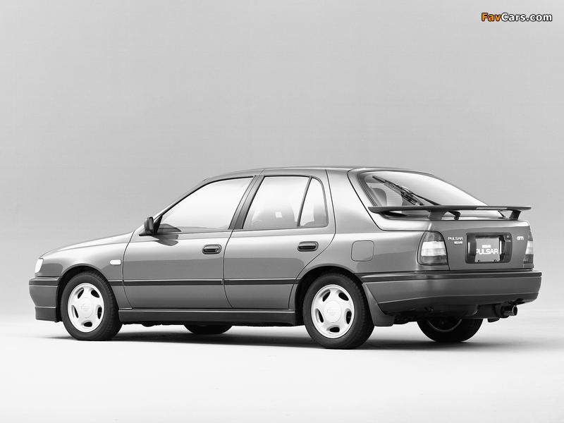 Pictures of Nissan Pulsar 5-door (N14) 1990–95 (800 x 600)
