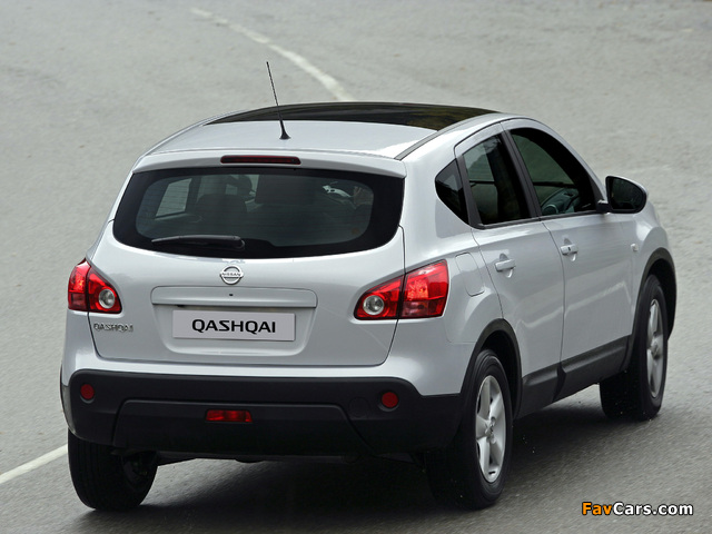 Photos of Nissan Qashqai 2WD 2007–09 (640 x 480)